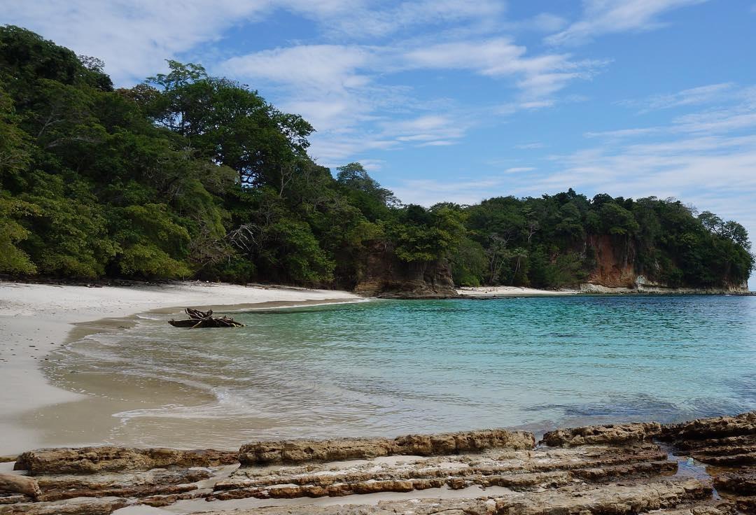 isla contadora playa panama