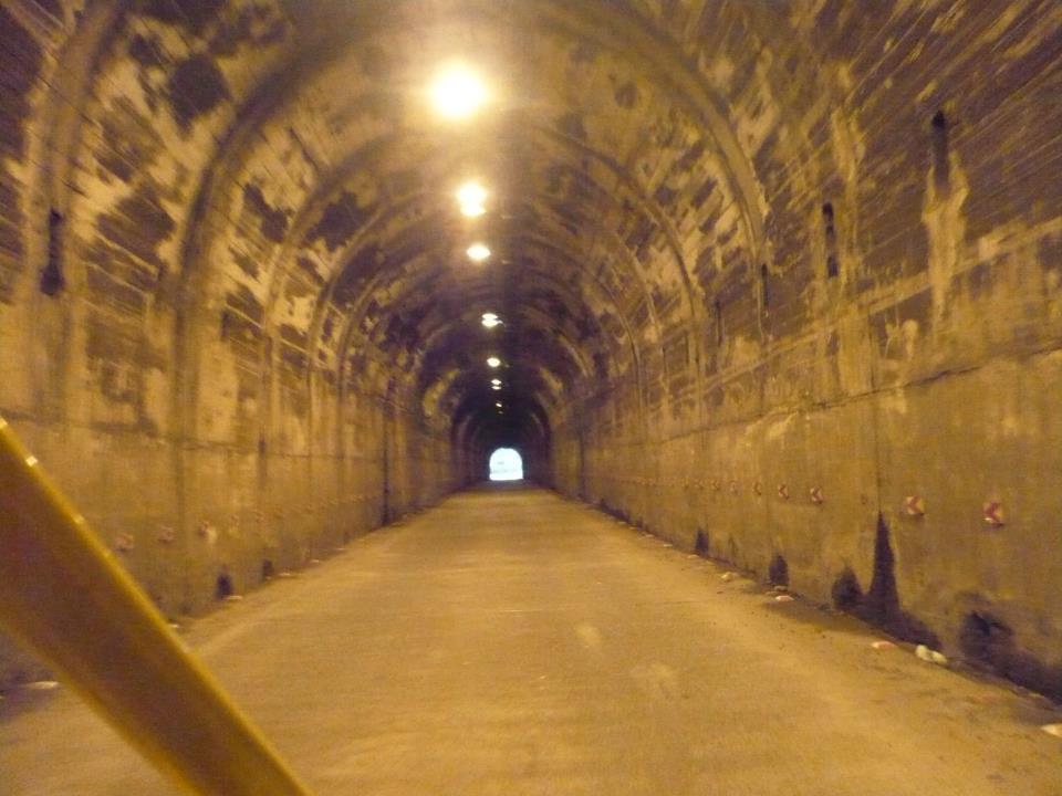 tunel baños ecuador