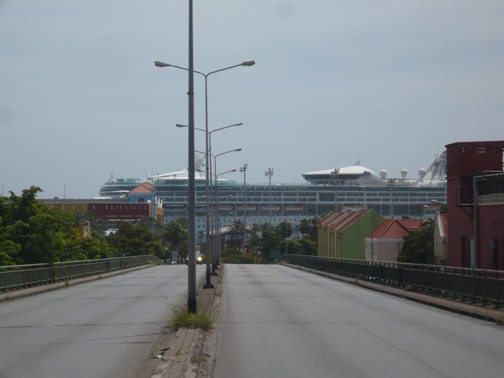 Crucero en la isla de Willemstad, Curazao