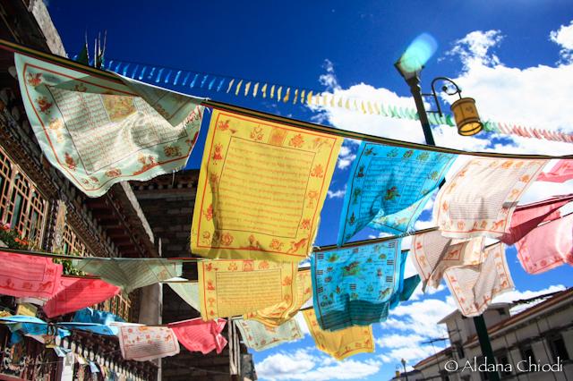 Banderas de oración tibetana