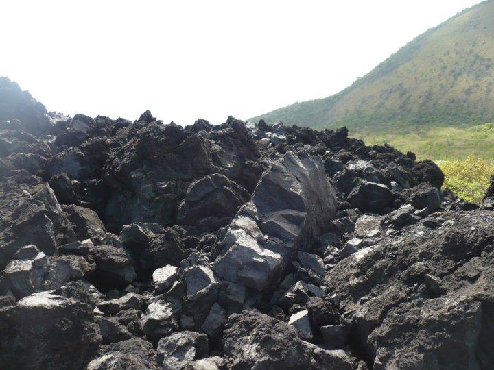 Fue por esta zona de Cerro Negro donde le hablé al guía de mi casa de campaña.