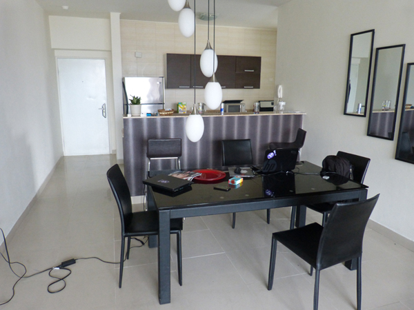 apartamento comedor trabajo