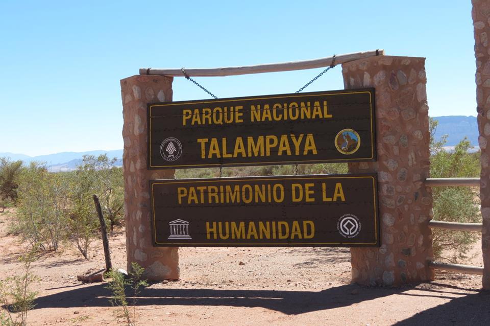 Letrero del Parque Nacional Talampaya