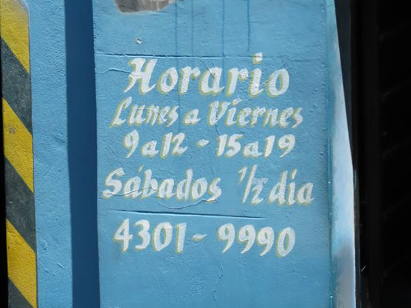 Horario de algunos negocios argentinos