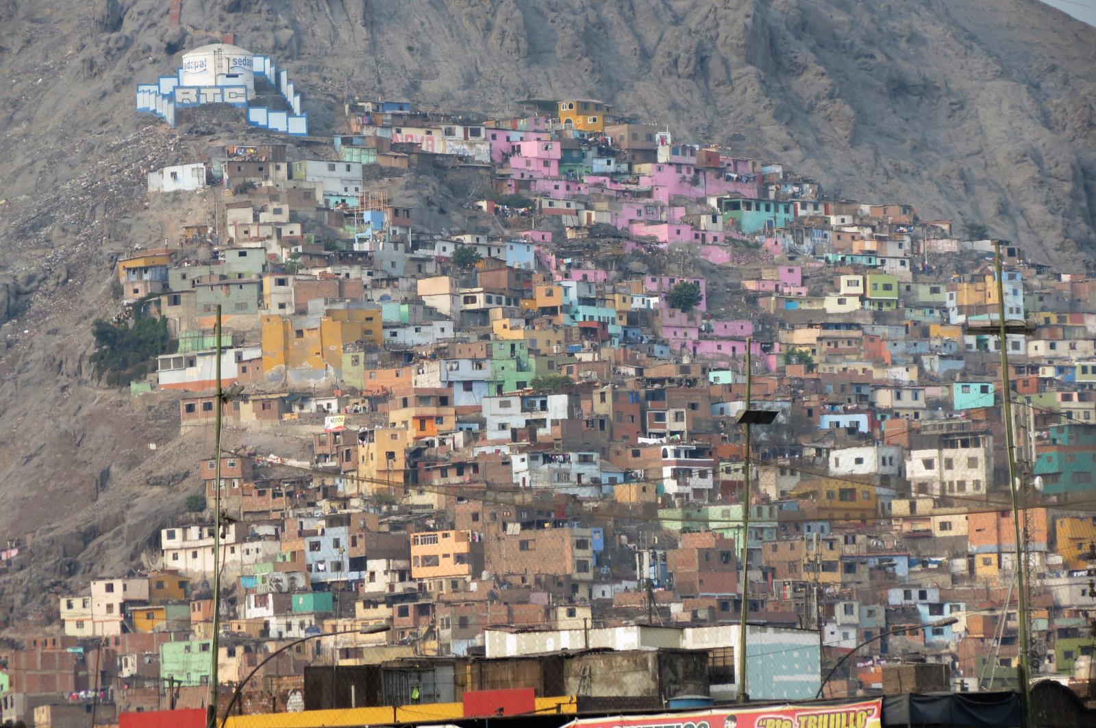 casas cerro san cristobal lima