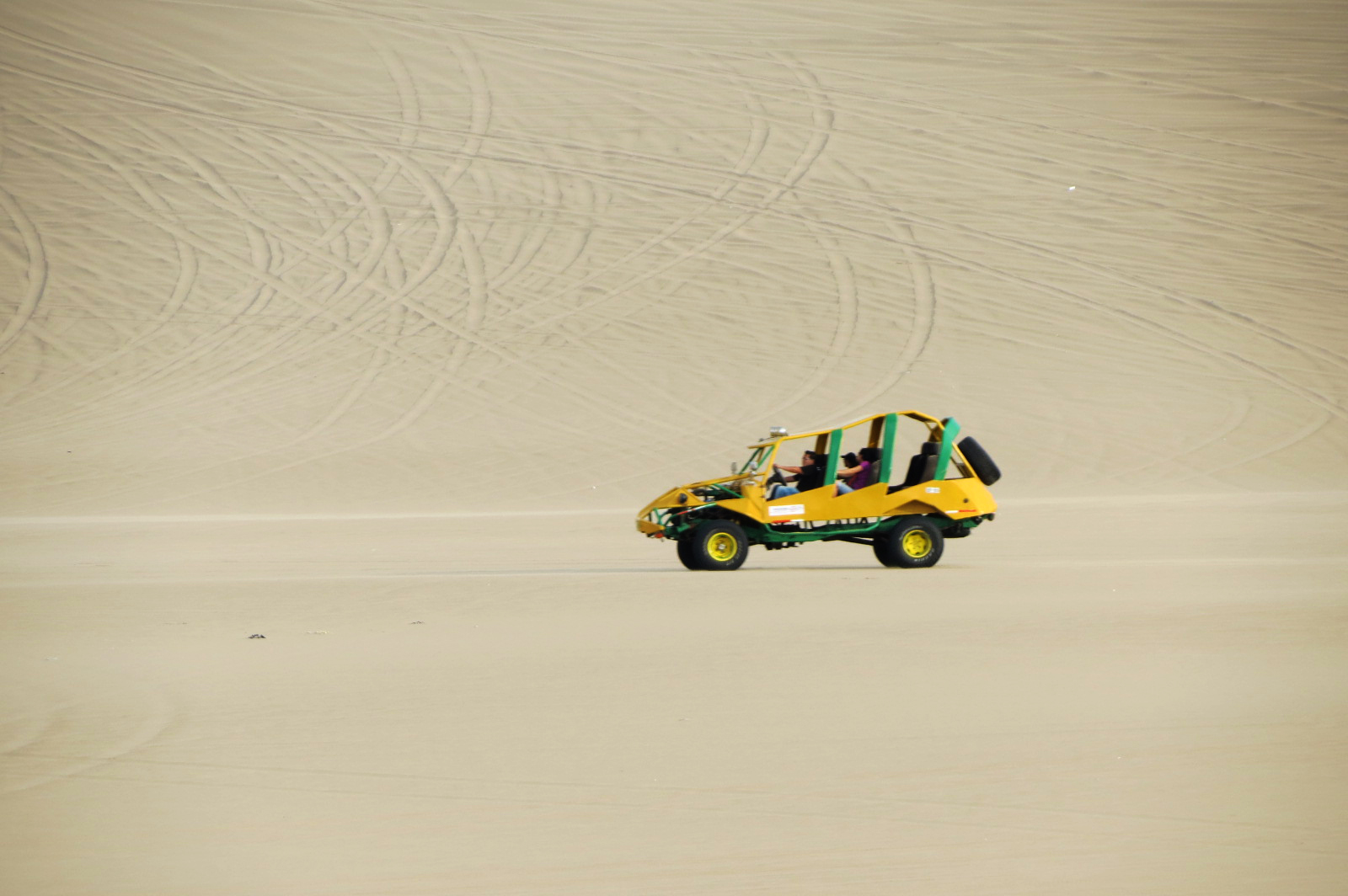 buggy desierto huacachina