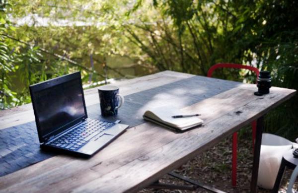 nomada digital laptop