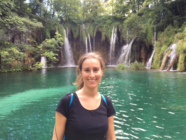 Beatriz Mora viajando